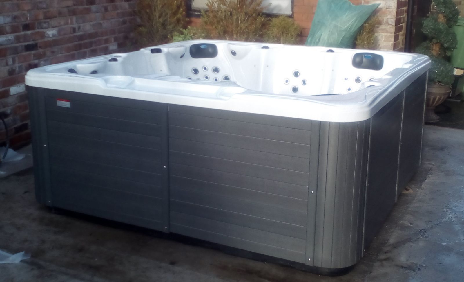 Volta 6 Seat Hot Tub - Mark From Liverpool. ""